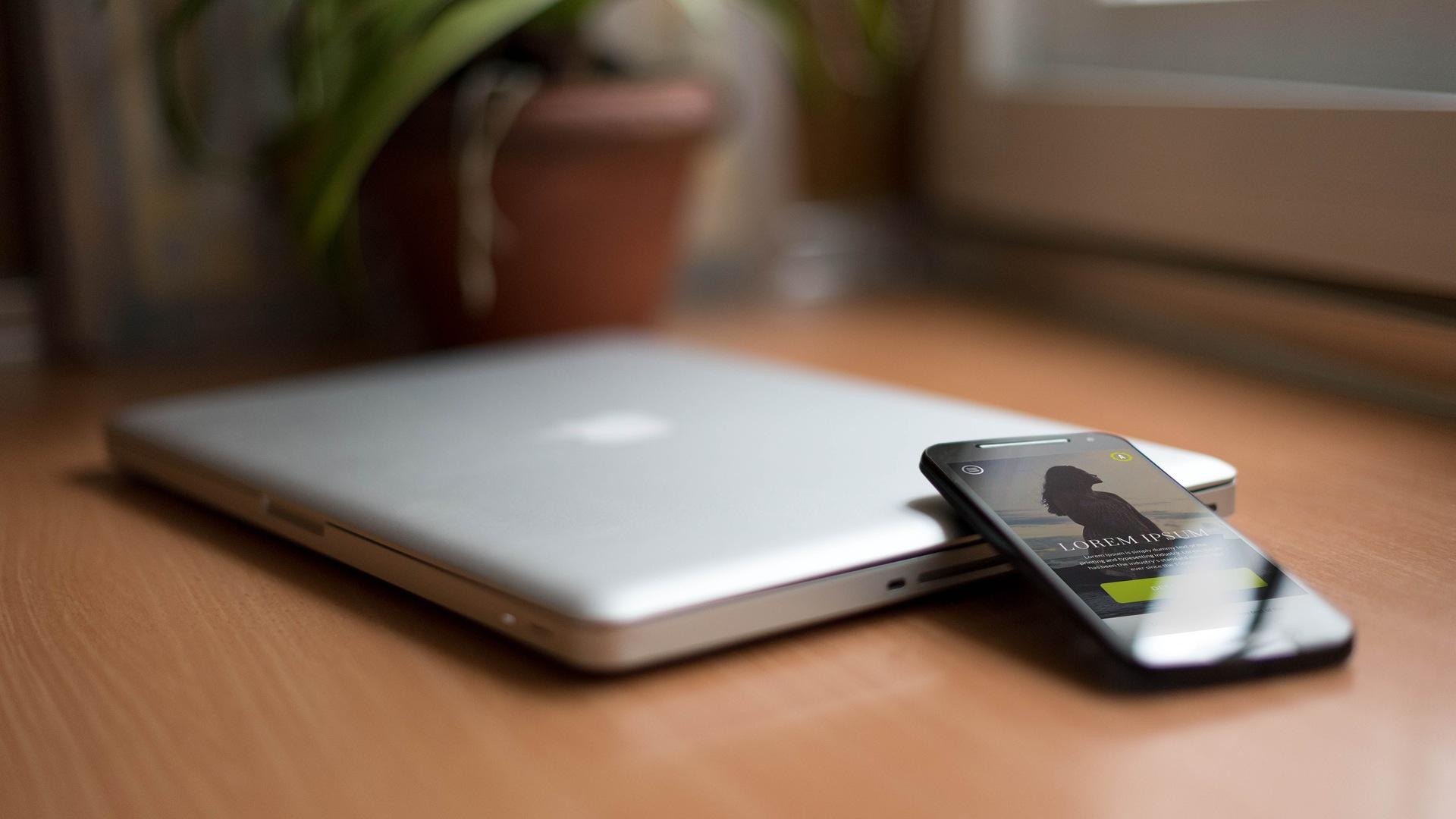 выбрать смартфон в рейтинге 10 лучших недорогих моделей