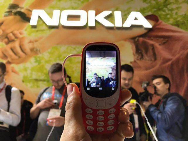 камера в Nokia 3310 2017