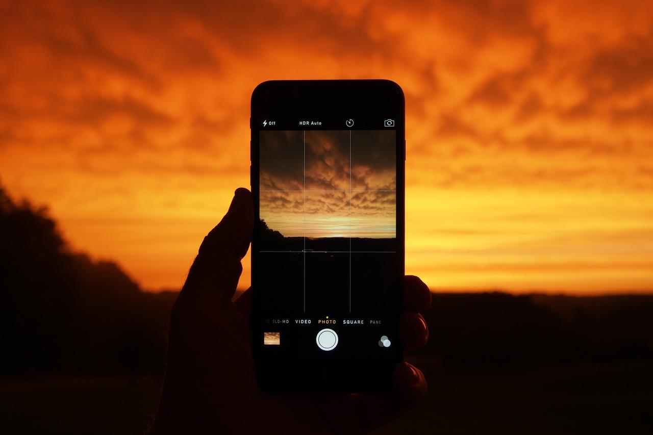 смартфон с хорошей камерой