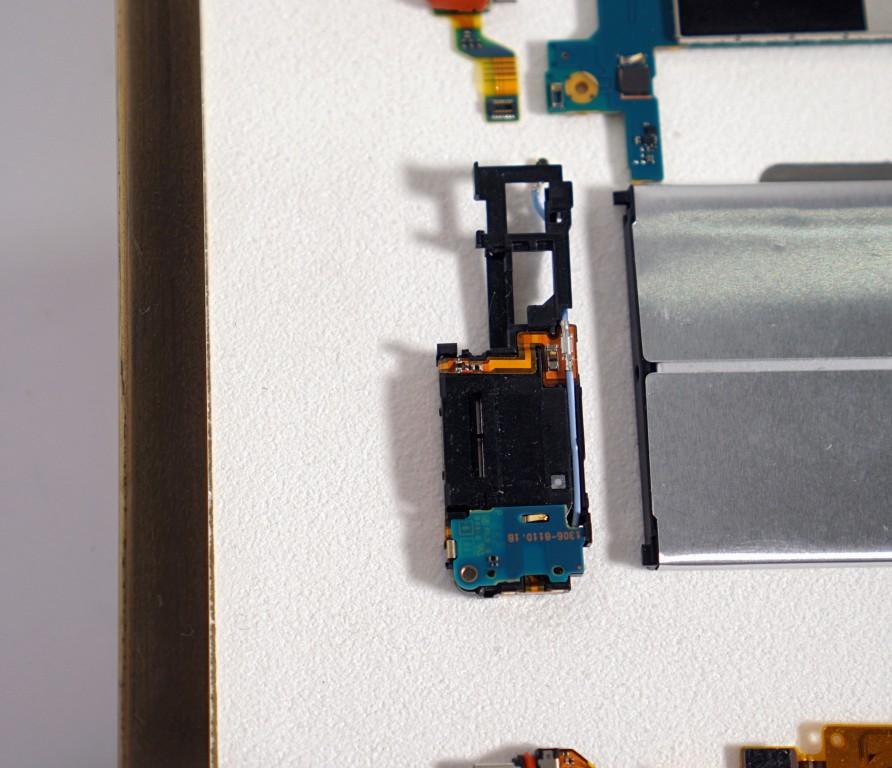Sony Xperia XZ Premium фото