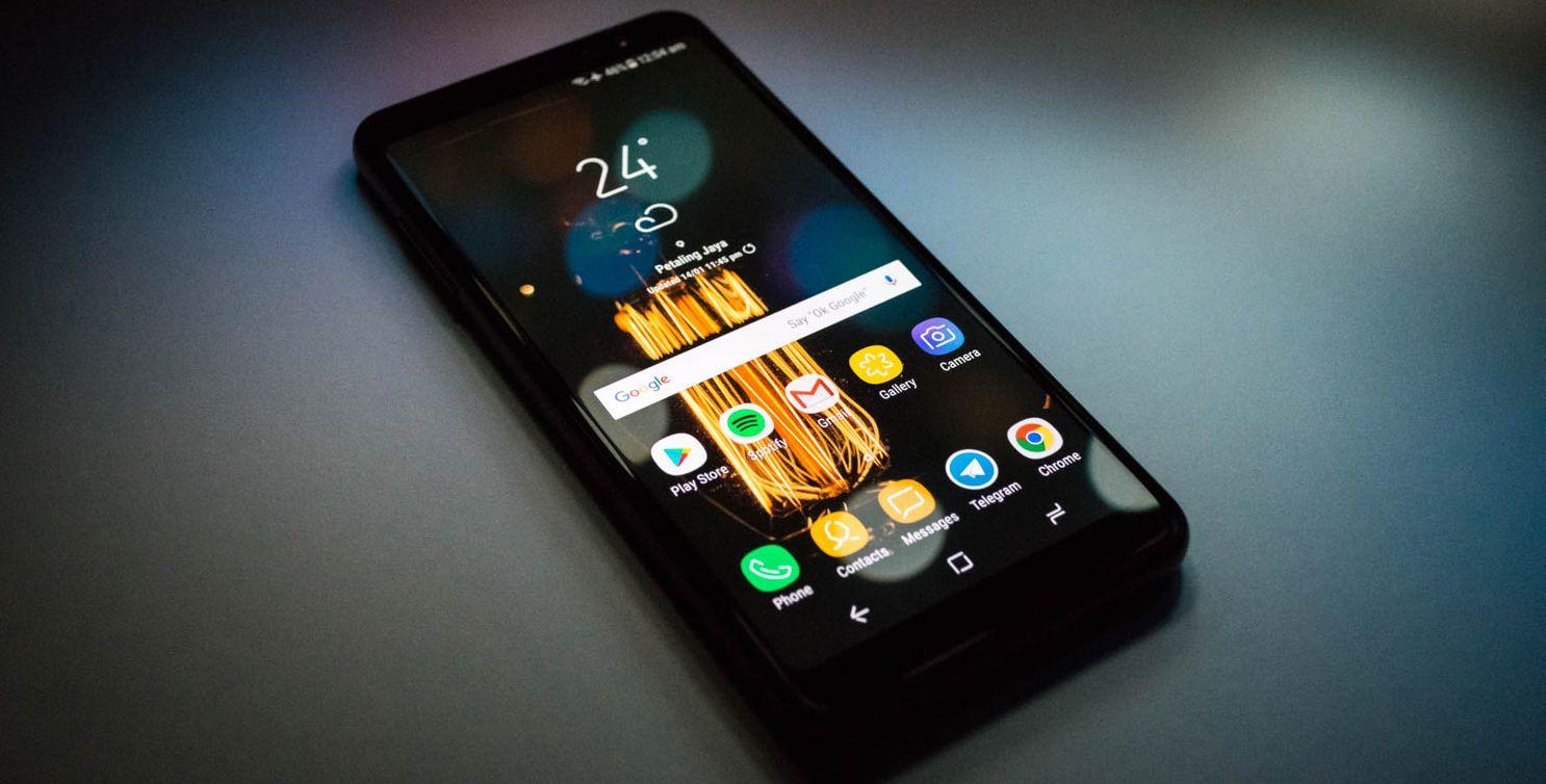 Обзор Samsung Galaxy A8 (2018): а стоит ли покупать?