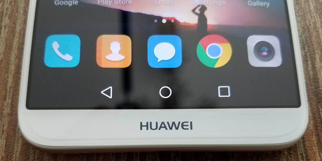 Что купить: Honor 7X, Huawei Y9 или Mate 10 Lite?