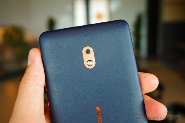 Nokia 2.1 дешевый смартфон с мощной батареей