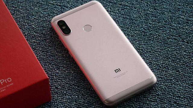 сравнение Xiaomi Redmi 6 и Redmi 6 Pro