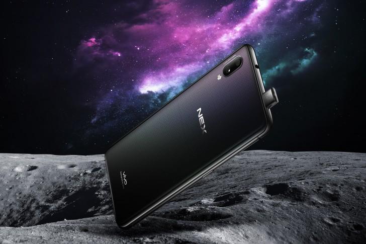 лучшие смартфоны 2018: vivo NEX S