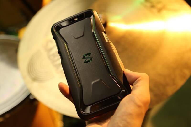 Xiaomi игровой смартфон
