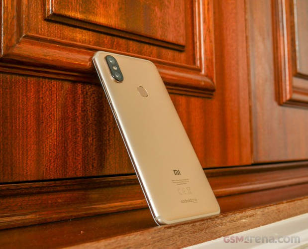 телефон Xiaomi Mi A2 обзор