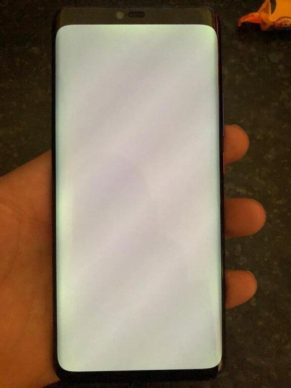 Huawei Mate 20 Pro проблемы с экраном