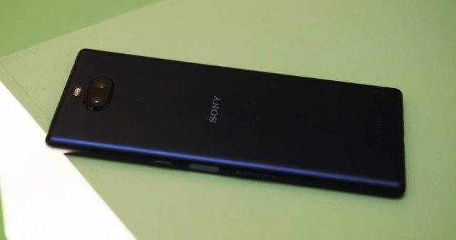 Sony Xperia 10 и Xperia 10 Plus: характеристики и цена