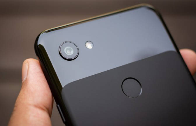 Google Pixel 3a: характеристики и цены официально