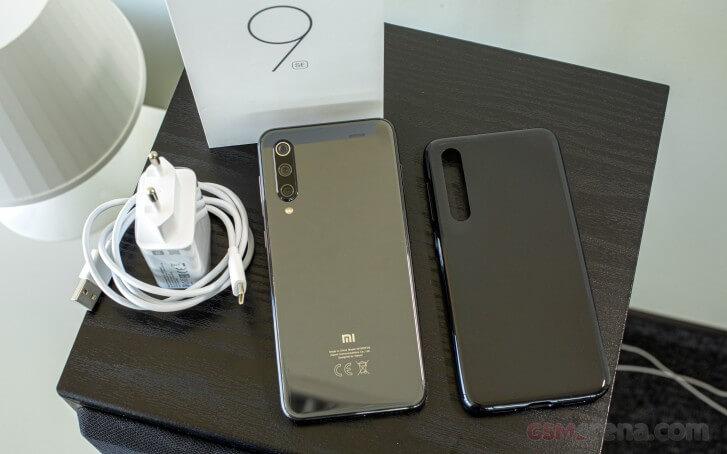 Xiaomi Mi 9 SE обзор