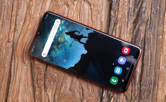 Лучшие смартфоны до 14000: Xiaomi, Samsung и Huawei
