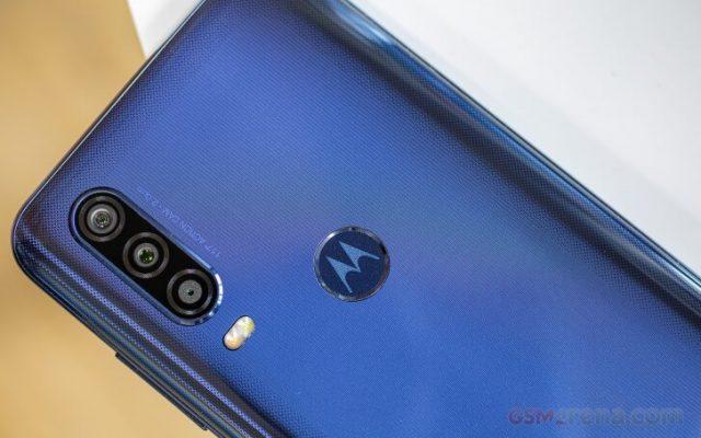 обзор Motorola One Action камера