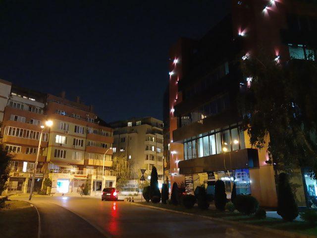 камера Motorola One Action, обзор, примеры ночных фото