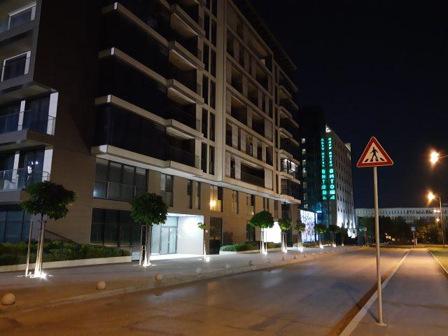 камера Motorola One Action примеры ночных фото