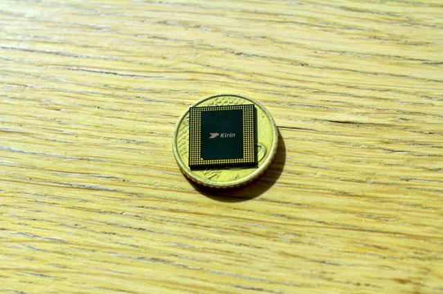 процессор Kirin 990 5G размеры