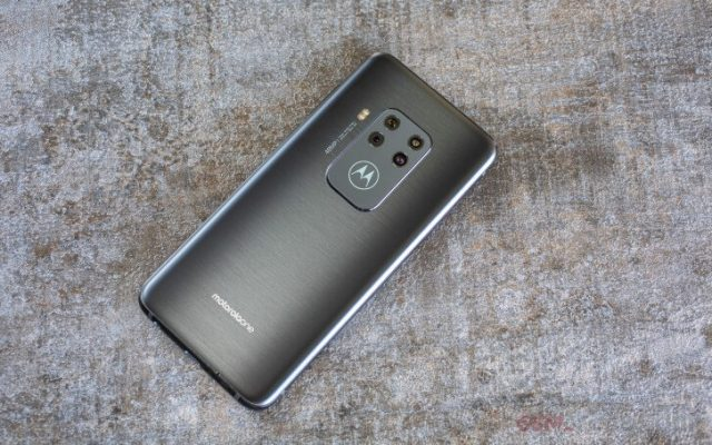 Motorola One Zoom характеристики