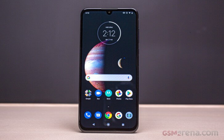 Motorola One Zoom цена и дата выхода