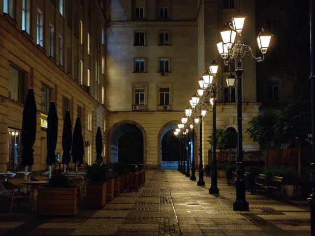 OnePlus 7T фото на телефото камеру ночью