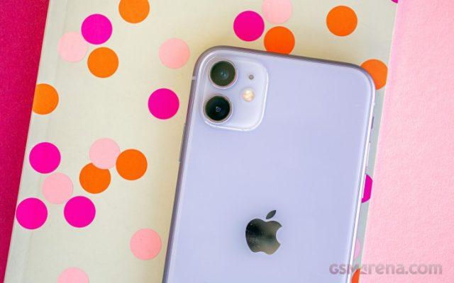 обзор iPhone 11, комплектация