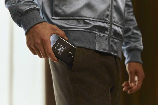 Motorola Razr размер