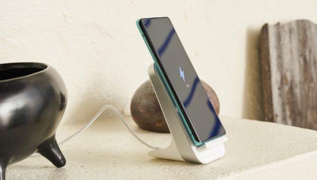 OnePlus 8 Pro беспроводная зарядка