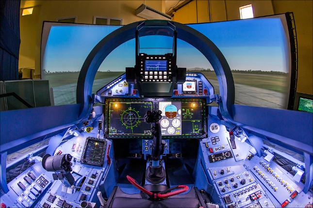 Реальность завораживает: все об авиационных тренажерах